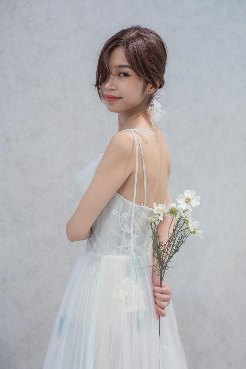 [高雄婚紗推薦]高雄梔子花手工婚紗試穿心得~不用加價也有的巨美質感婚紗 @美食好芃友