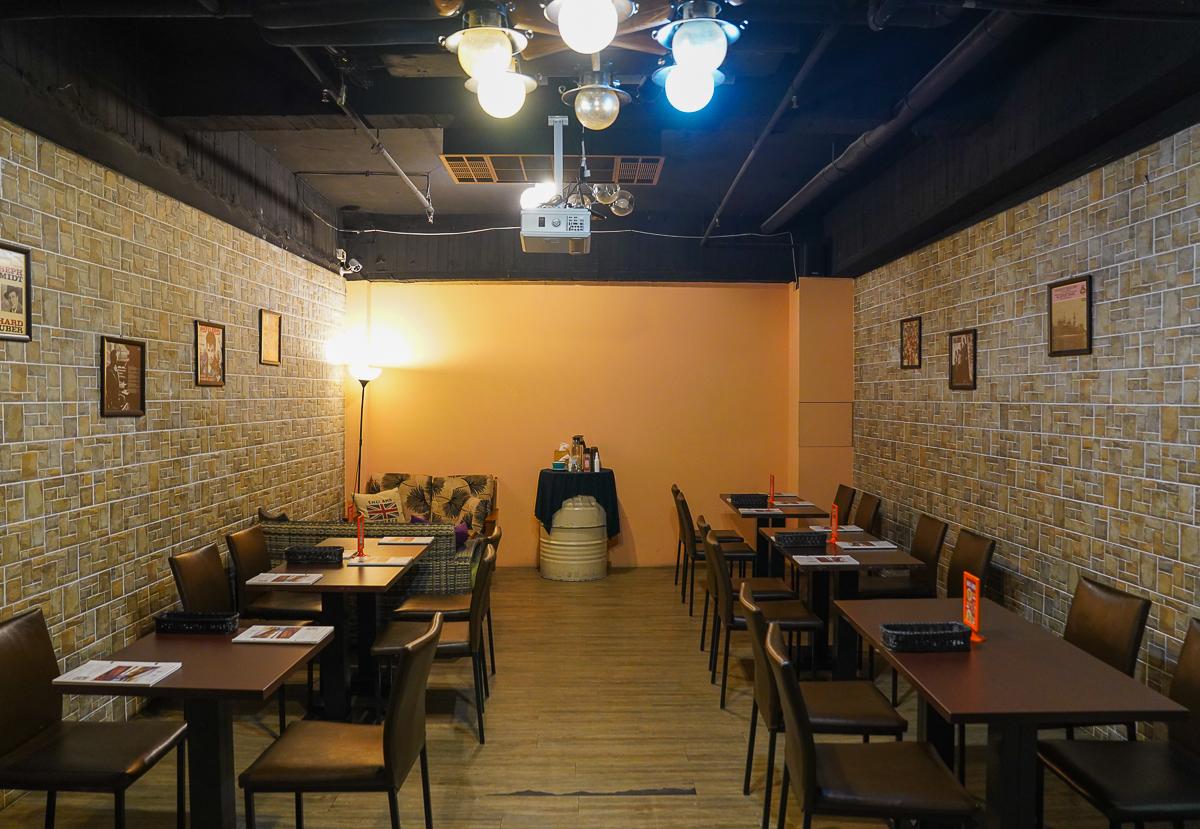 [高雄義大利麵]義·食光-巷弄隱藏!一秒出國歐風地窖約會餐廳~大推戰斧豬排義大利麵 @美食好芃友