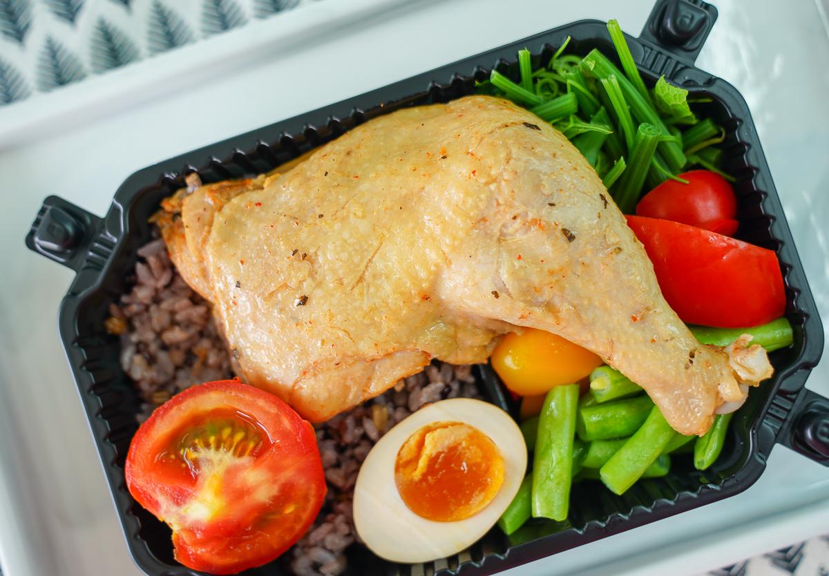 [高雄]Benefit健康餐盒高雄熱河店-超人氣限量低GI健康便當!營養師設計的低卡少油健康餐盒 @美食好芃友