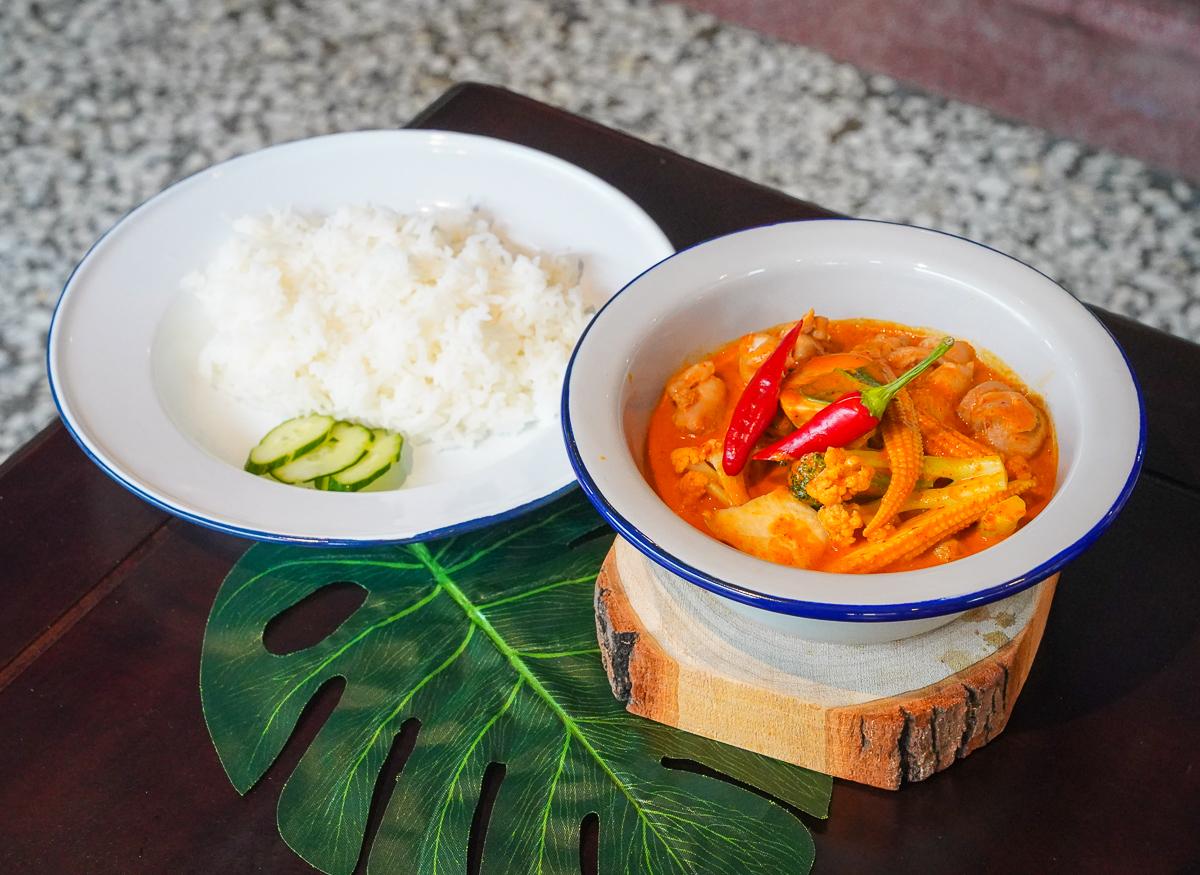 [高雄前金美食]帕泰 padthai-一秒到泰國!重現曼谷街邊美食的高雄泰式料理店 @美食好芃友