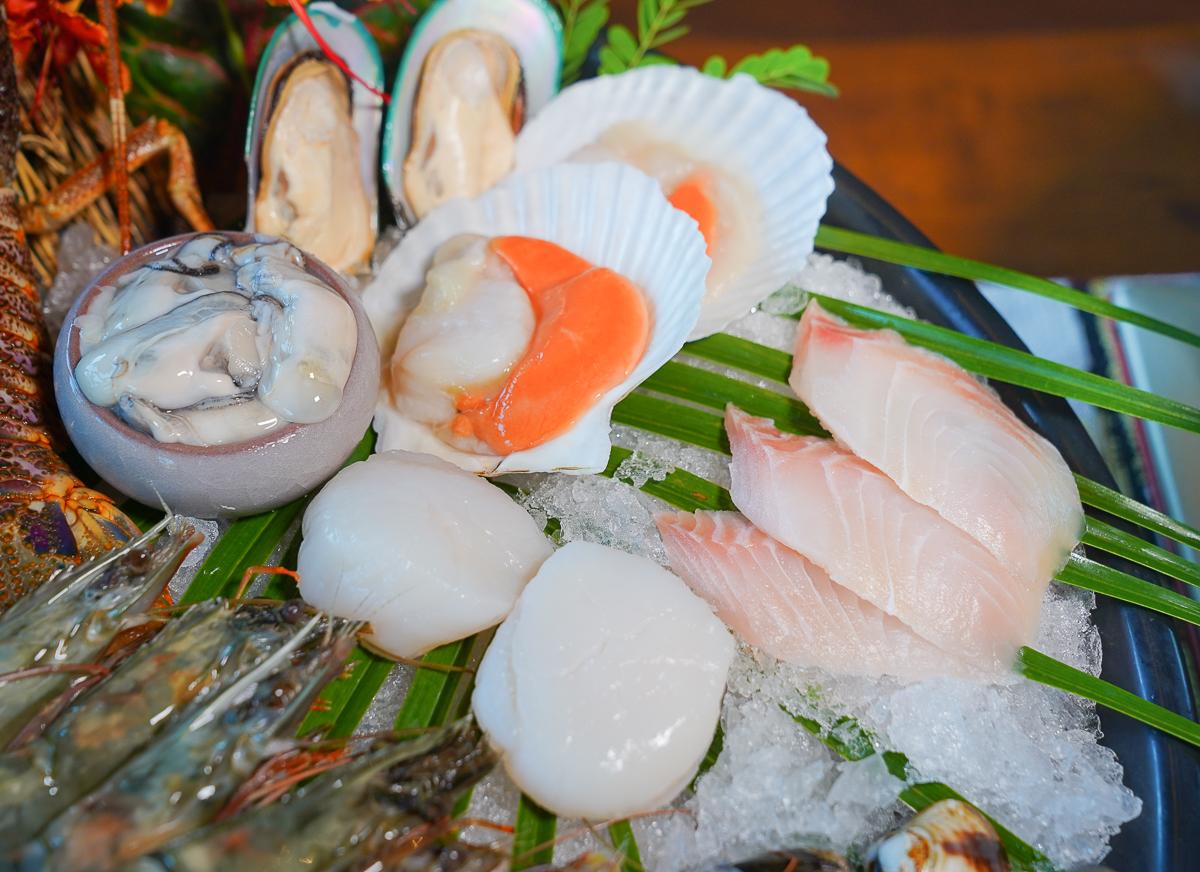 [墾丁美食推薦]墾丁凱撒蘭苑餐廳-必吃海味組合!龍蝦海鮮雙人鍋x超厚月亮蝦餅 @美食好芃友