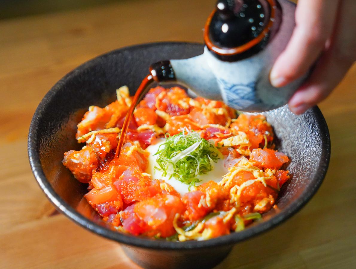 [高雄壽司推薦]橘葉壽司-高雄文化中心最高C/P值壽司海鮮丼~高人氣常爆滿 @美食好芃友