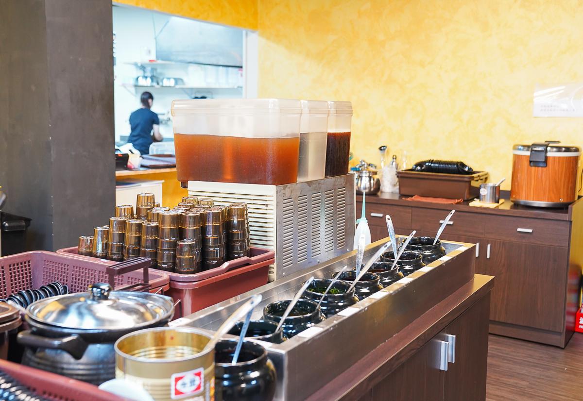 [高雄]多福風味火鍋-驚豔酸菜白肉鍋!有20種湯頭的高雄平價個人鍋~內用瓜仔肉、冰淇淋和飲料無限享用 @美食好芃友