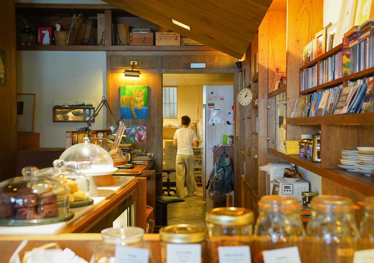 [高雄前鎮美食]貝荷尼絲手工甜點-低調美味高雄下午茶~日式雜貨咖啡店的迷人氣圍 @美食好芃友