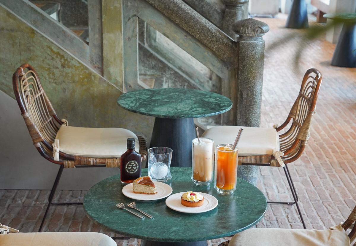 [屏東美食]驛前大和咖啡館-朝聖屏東最美咖啡館!80年旅社老屋改建~ @美食好芃友