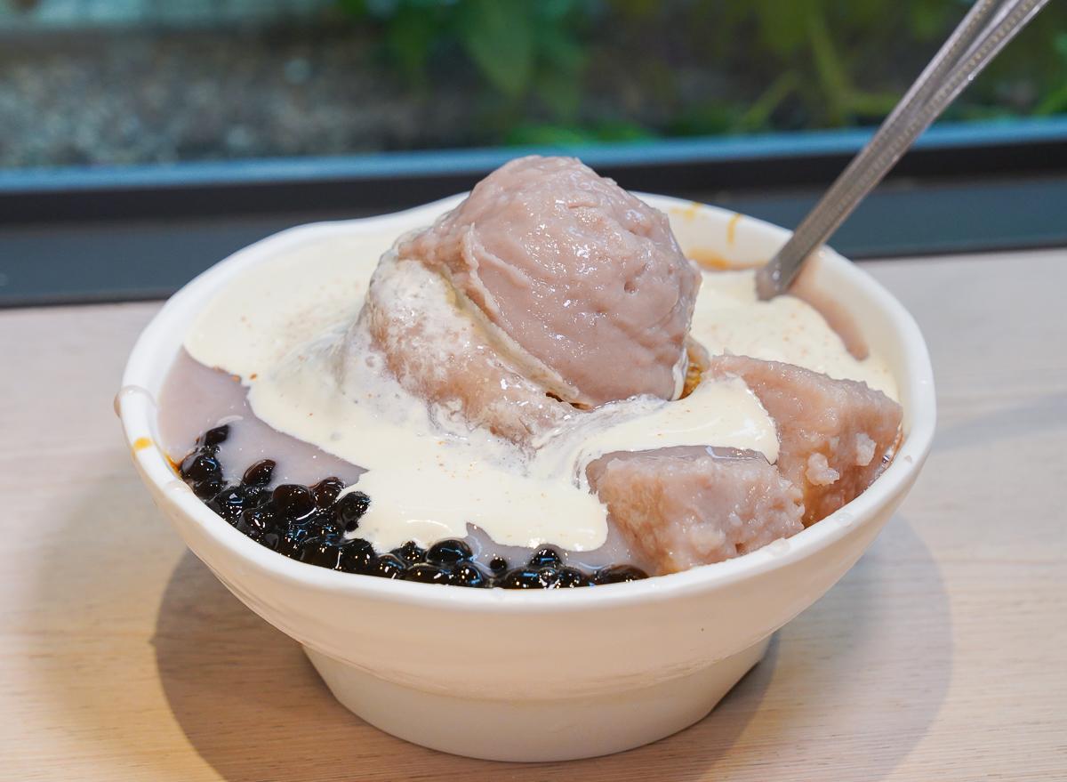 [高雄冰店推薦]慢。時。候-高師大附近熱門高雄芋頭冰店~濃郁甜而不膩芋頭冰 @美食好芃友