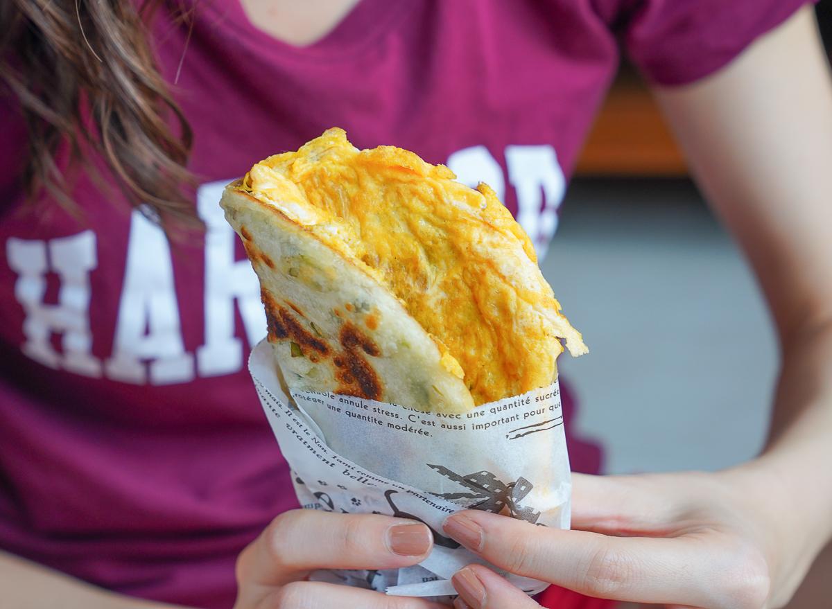 【良品開飯】產地咬一口-超狂1.5公分爆餡月亮蝦餅x三星蔥多多捲餅!10分上桌超高C/P值宅配美食! @美食好芃友
