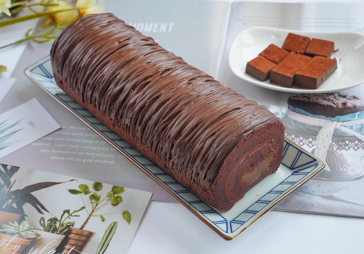 [宅配蛋糕推薦]台南超平價千層蛋糕「克林姆之屋」-超濃郁生巧克力捲x爽口檸檬糖霜蛋糕 @美食好芃友
