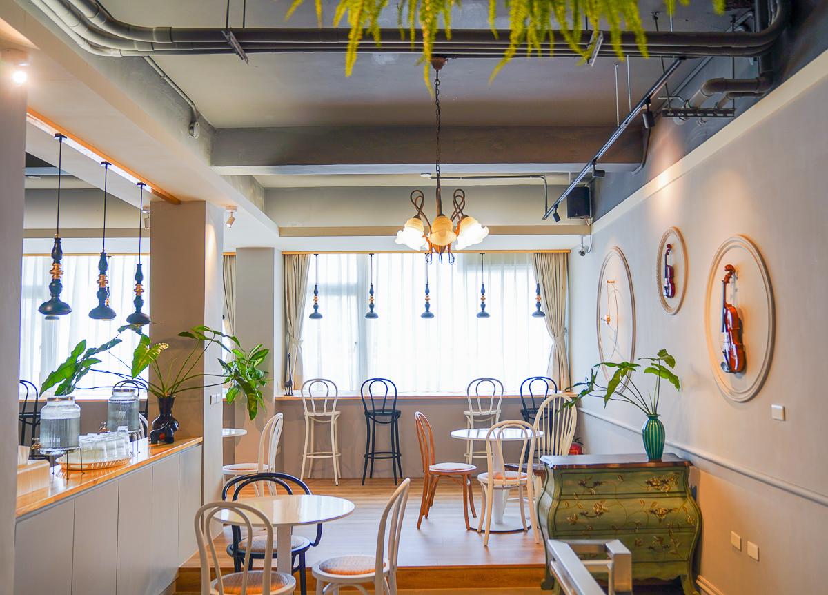 [高雄早午餐推薦]Grace Café 典.咖啡-音樂x咖啡x好吃輕食!超放鬆北歐風咖啡館 @美食好芃友