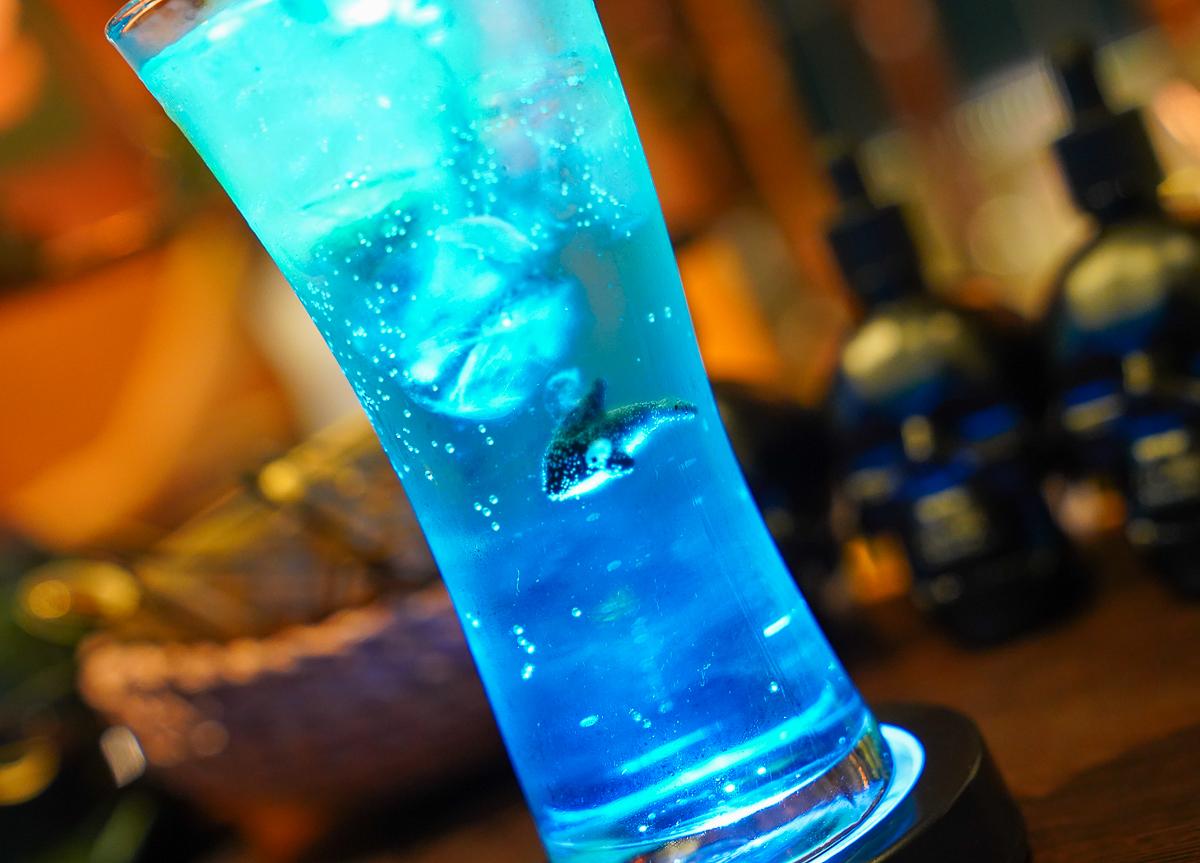 [墾丁酒吧推薦]30M BAR-墾丁恆春最有特色海洋風酒吧~找一杯你的海洋調酒吧! @美食好芃友