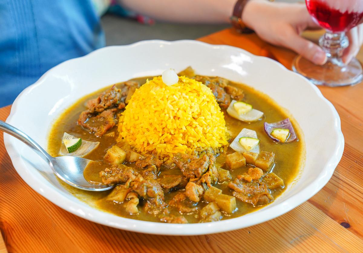 [高雄信義國小站美食]烏拉森林歐風餐館-夢幻森林系異國餐廳!外面吃不到的別緻歐式料理 @美食好芃友