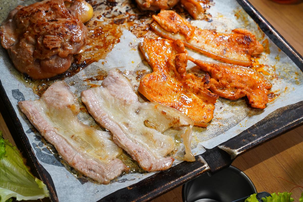 [楠梓聚餐推薦]打爆豬韓式燒肉吃到飽-高C/P值~299元起韓式燒肉吃到飽!13種肉肉5種火鍋和自助吧任你吃 @美食好芃友