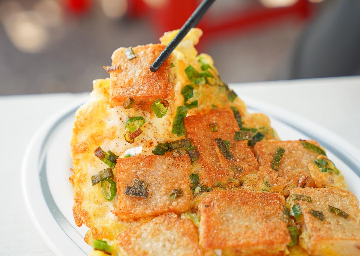 [高雄蛋餅推薦]藍鯨早餐店-超乎想像酥脆口感粉漿蛋餅!平價好吃高雄早餐 @美食好芃友