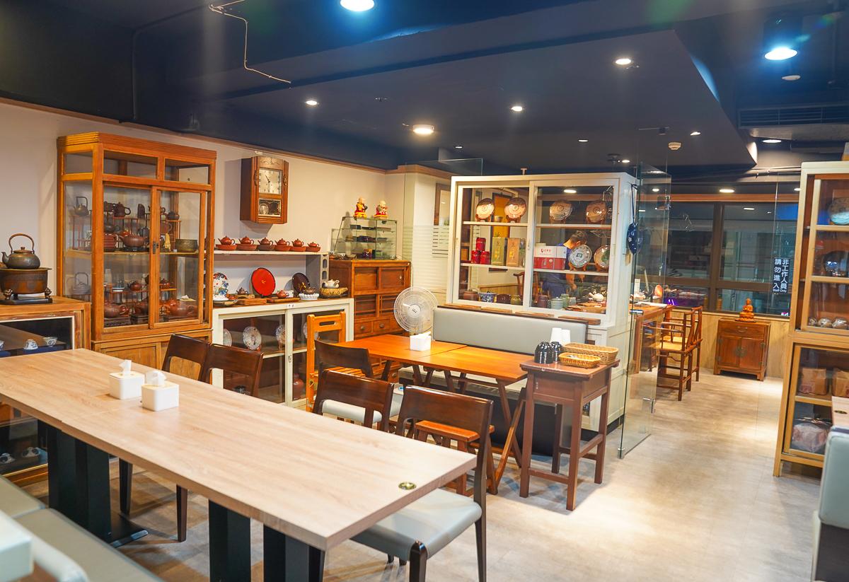 [高雄]好家廚房-巨蛋周邊超強高雄熱炒家常菜~必吃神級宮保豬腳、豬腳麵 @美食好芃友