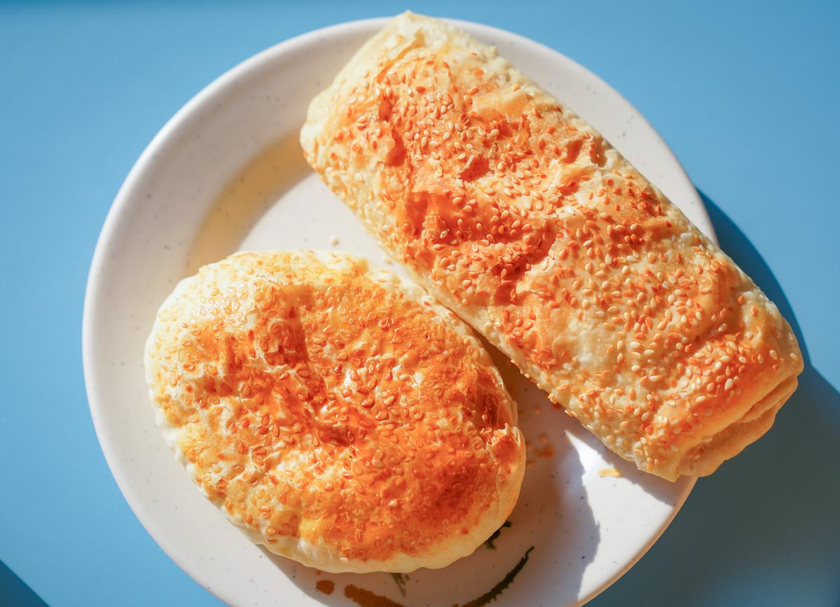 [高雄鼓山美食]潤園早點-平價好吃華榮路早餐店~大推湯汁爆多苟不理湯包 @美食好芃友