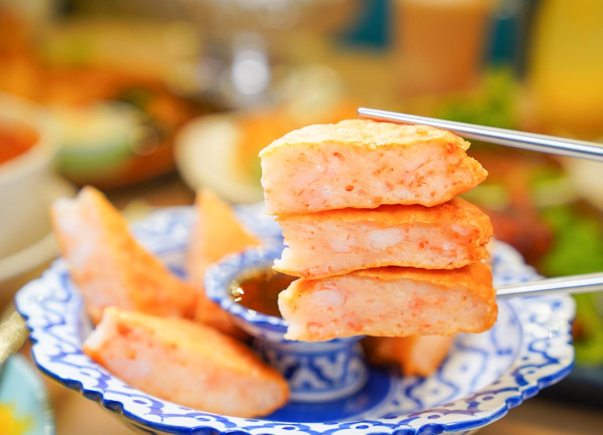 [高雄聚餐推薦]饗泰多Siam More義享店-總是在排隊~超潮義享天地泰式餐廳!一吃愛上南洋風 @美食好芃友