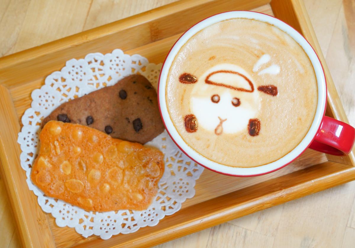 [高雄咖啡館推薦]Awake Coffee-PUI PUI天竺鼠車車拿鐵x濃郁好吃叻沙烏龍!美式咖啡無限續杯超划算 @美食好芃友