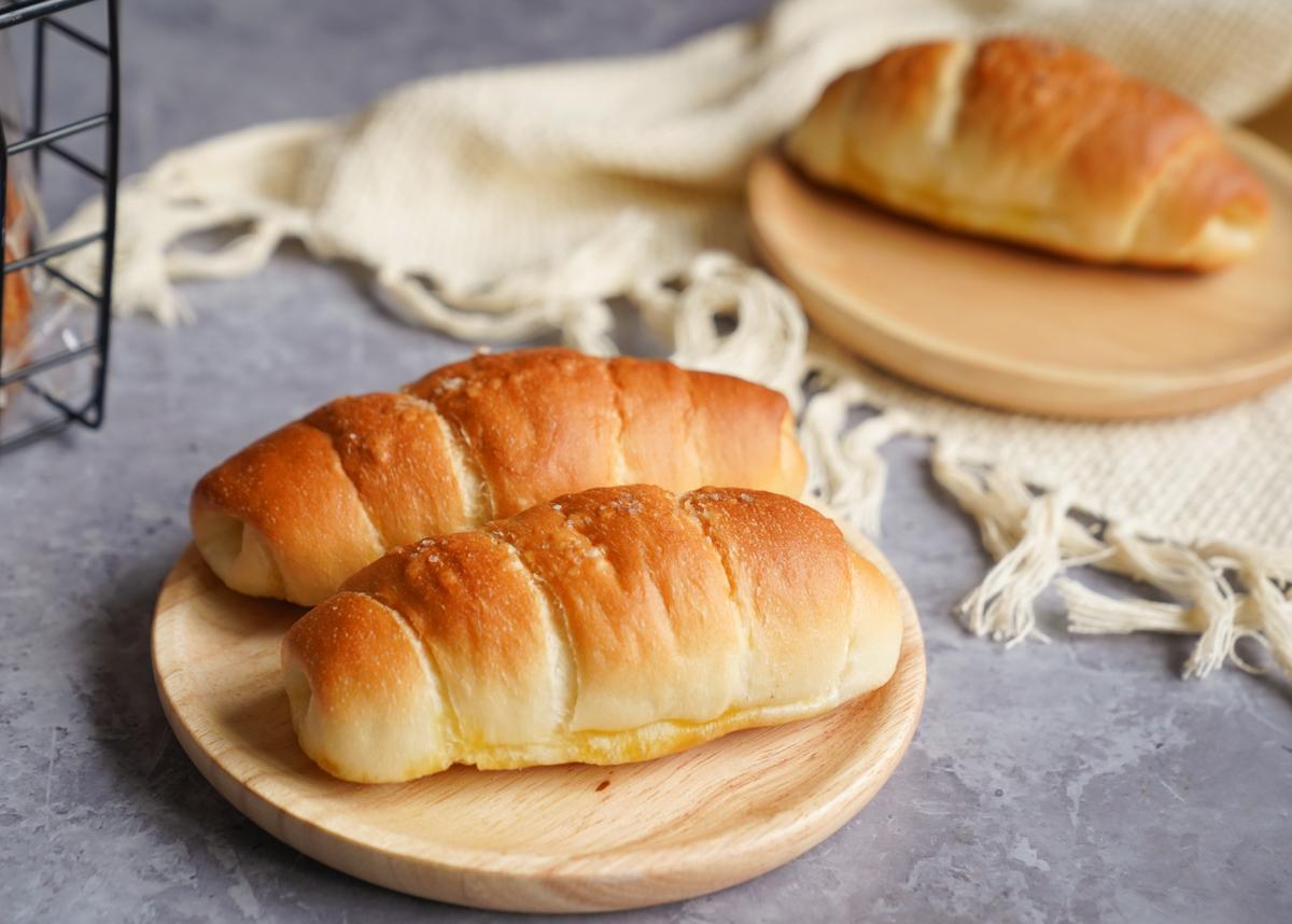 [楠梓美食]平凡麵包店-不平凡好滋味!一週營業三天的人氣高雄麵包店! @美食好芃友