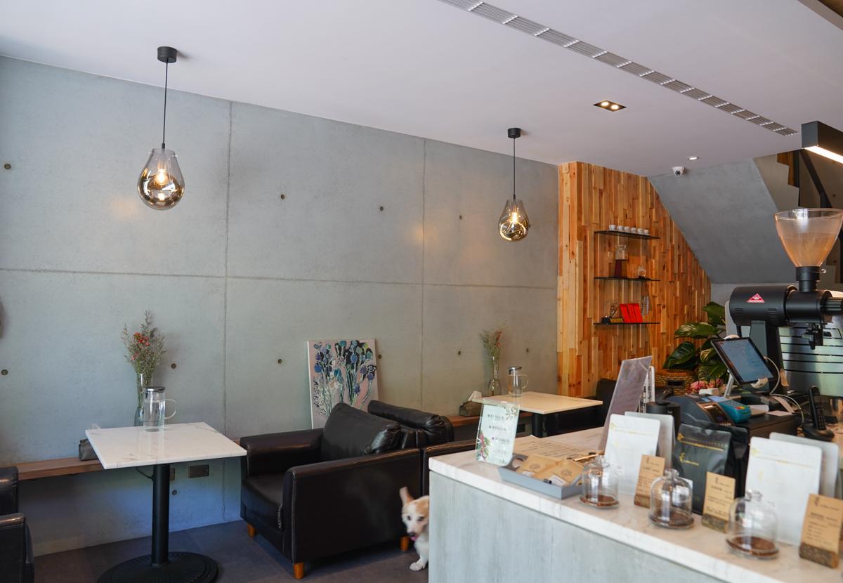 [高雄]菁coffee drink-高雄美術館週邊精品咖啡店!職人級咖啡&餐點 @美食好芃友