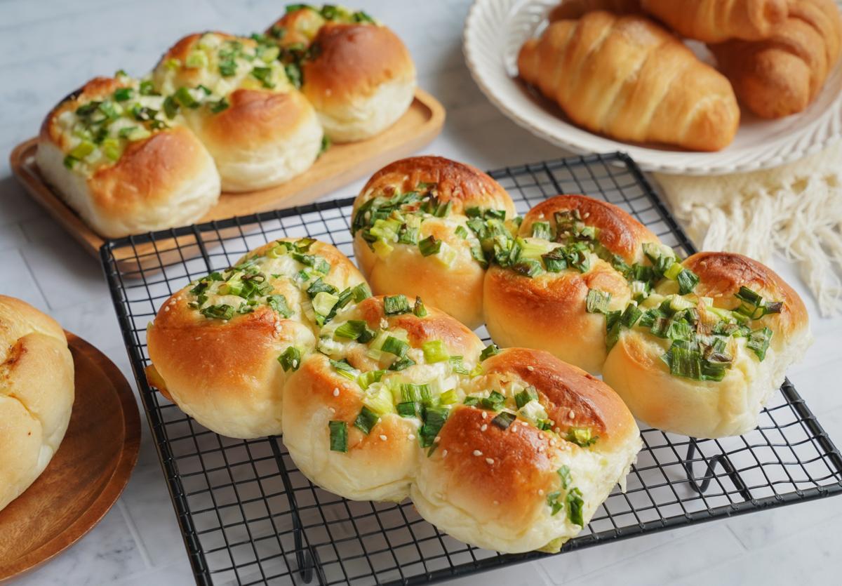 [高雄麵包推薦]中巷手作-週一週四限定出爐好吃蔥麵包!在地人超推鹽埕麵包店 @美食好芃友