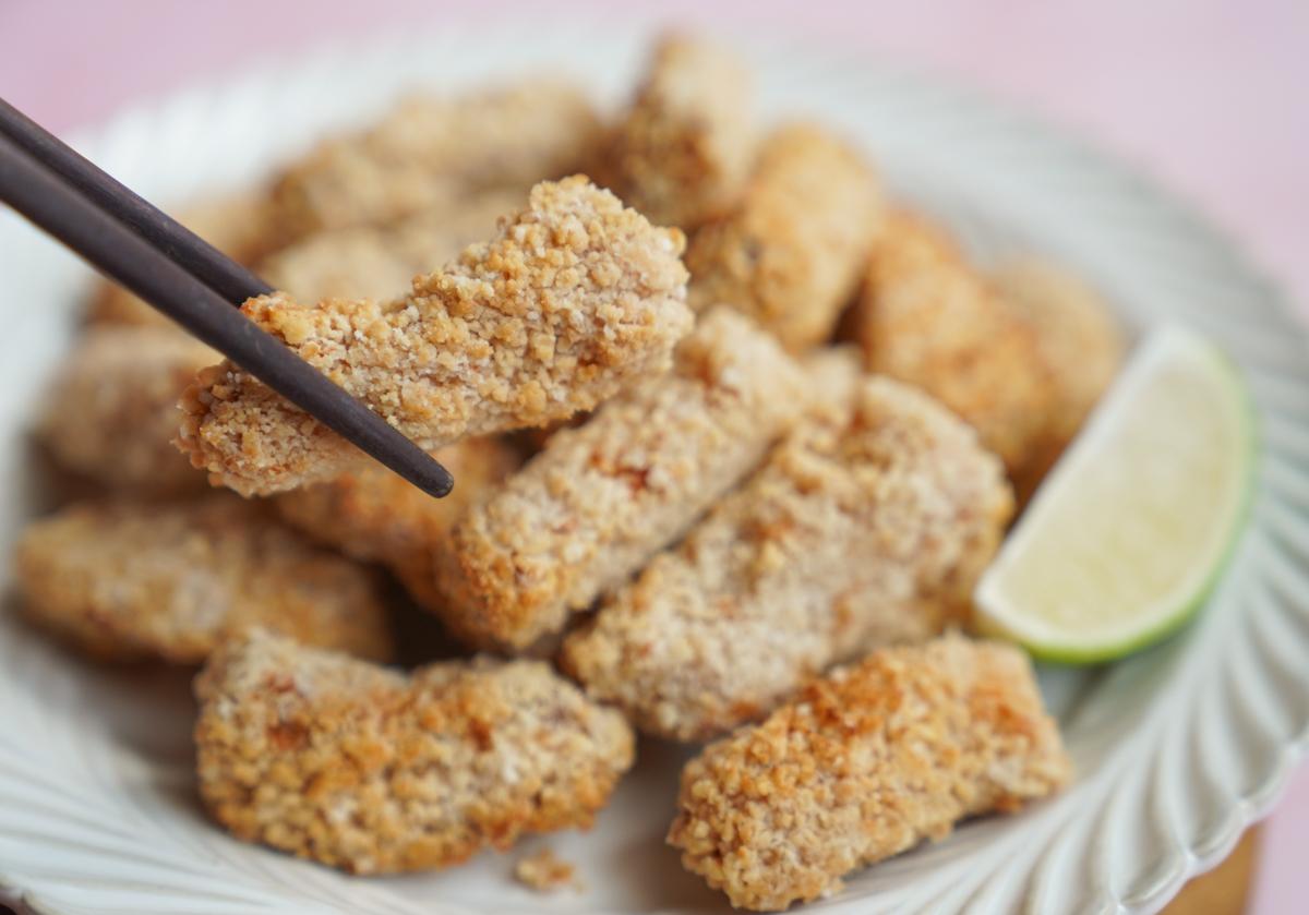 [宅配美食]𩵚味大媽-超好吃!在地台南味𩵚魠魚酥!新包裝在家隨時吃 @美食好芃友