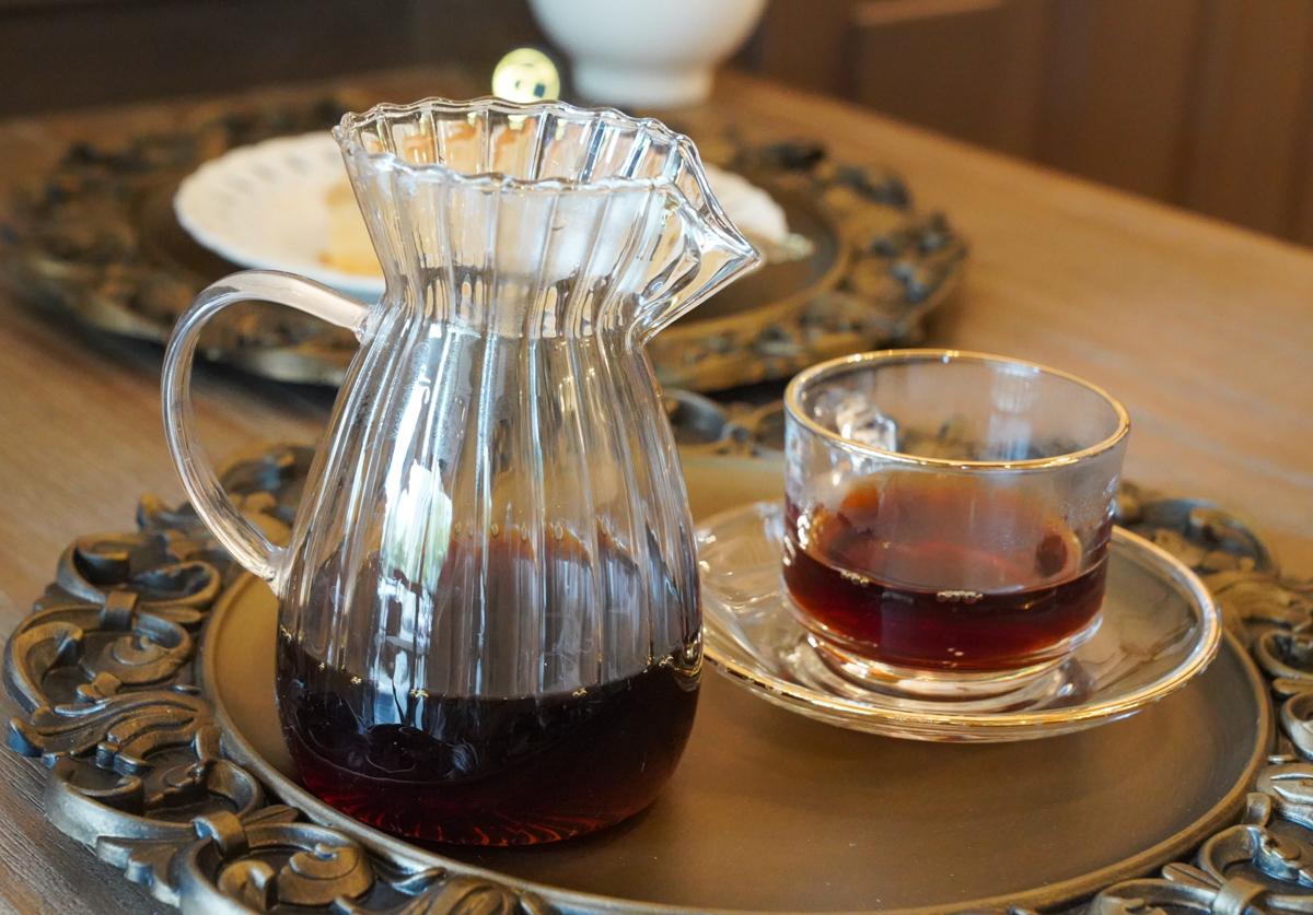 [高雄咖啡推薦]咖啡這件事 Coffee&Things-漢神巨蛋周邊低調歐風咖啡館~下午營業到深夜 @美食好芃友