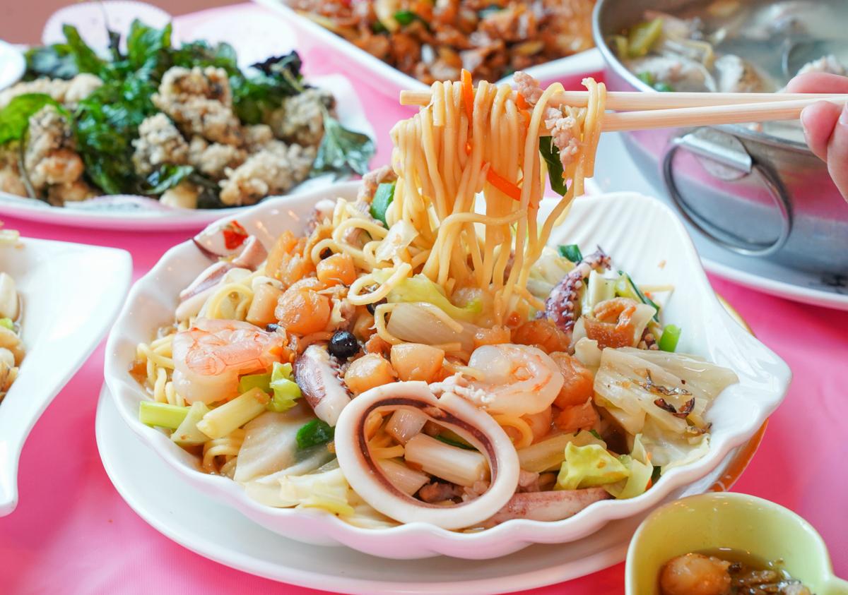 [墾丁美食]咱的海產店-在地人推薦後壁湖海鮮熱炒~每桌都招待神級干貝醬! @美食好芃友