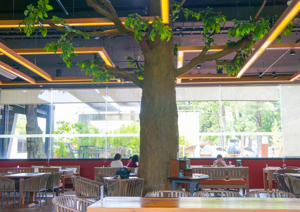 [高雄]左創‧ 食不二-超獨特樹屋餐廳!? 舒適空間享蔬食 人文氣息濃厚 左營美食推薦 @美食好芃友