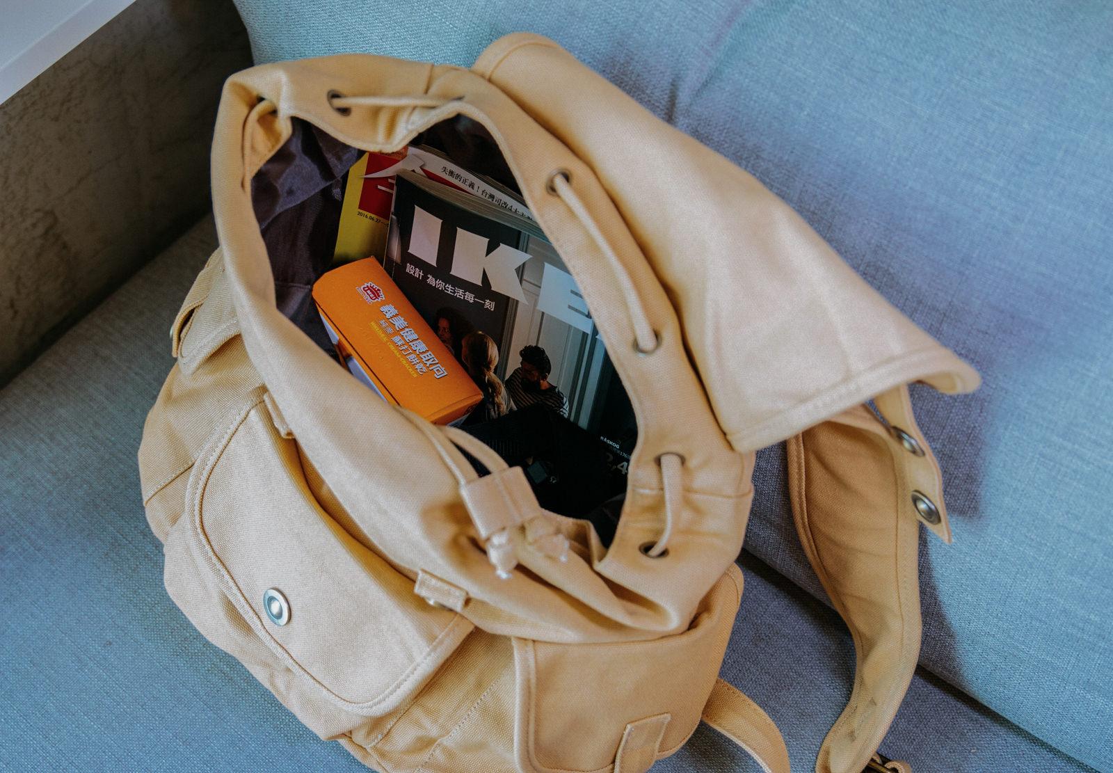 [流行]寶貝窩COMMIE-超熱賣網路包! 家妮包x皮革醫生包 質感實用兼具 偶像劇16個夏天 小資最愛網路包包推薦 @美食好芃友