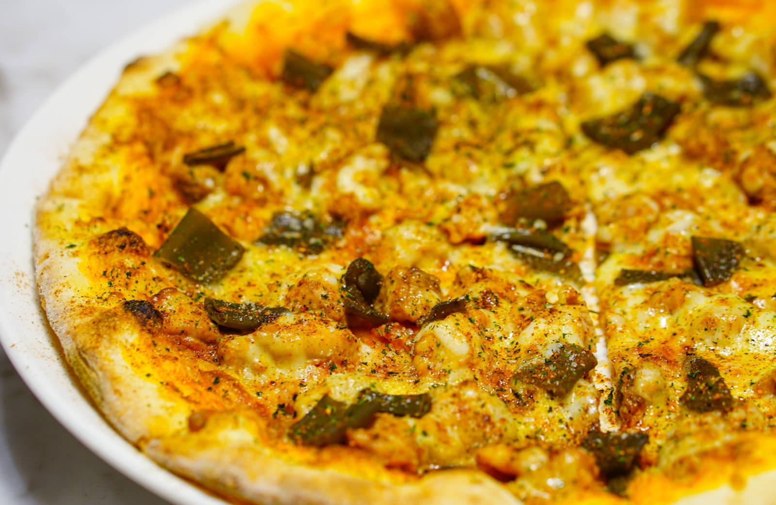 [高雄]Zoe Cafe & Pizza Pasta-超誇張!蔥花滿滿蔥仔pizza x 滿滿牛肉片燉飯 創意台義混搭 高雄pizza推薦 @美食好芃友