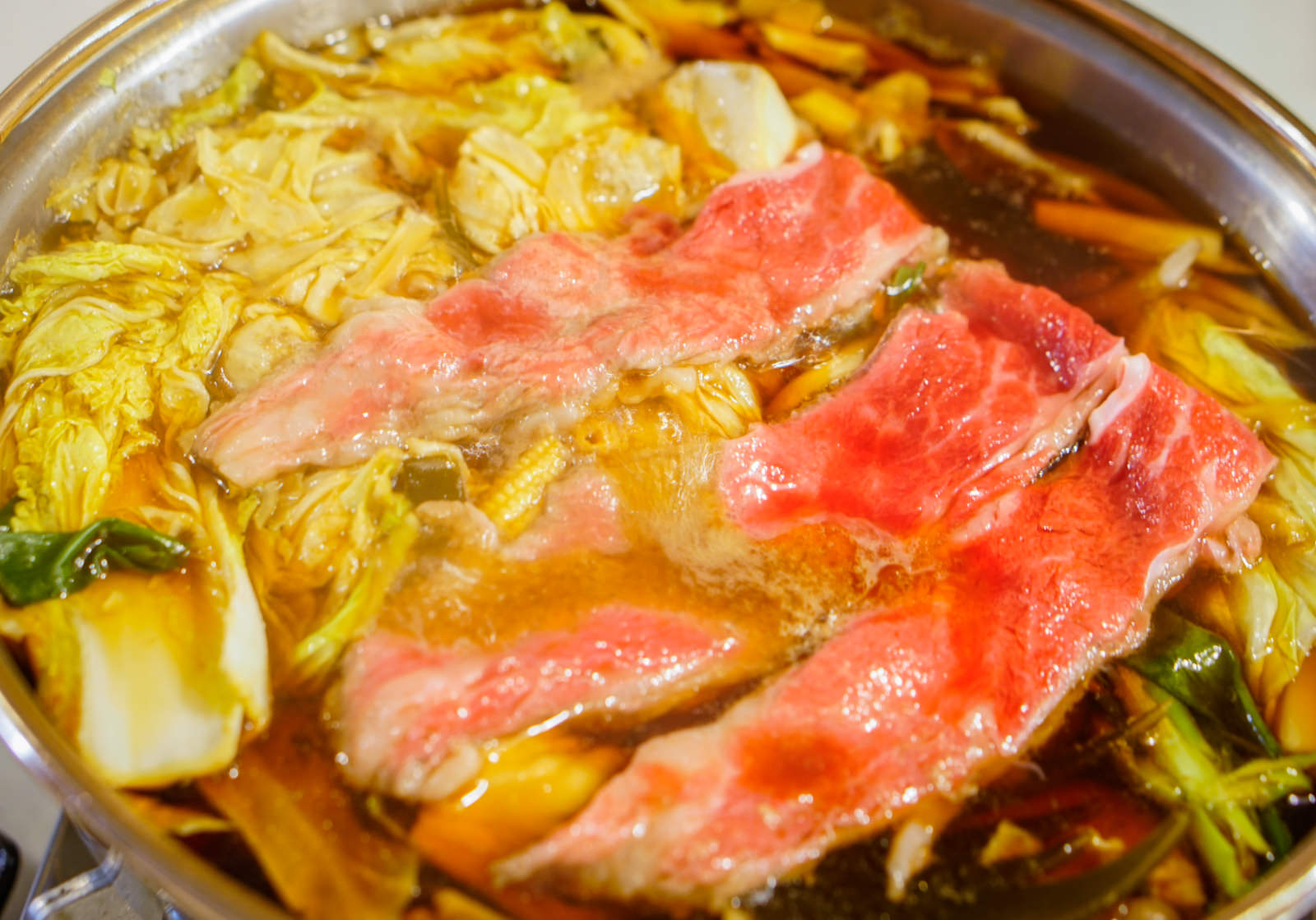 [高雄]東京地鉄壽司手作料理-純正日式味壽喜燒! 涮高檔牛小排肉 高雄壽喜燒推薦 @美食好芃友