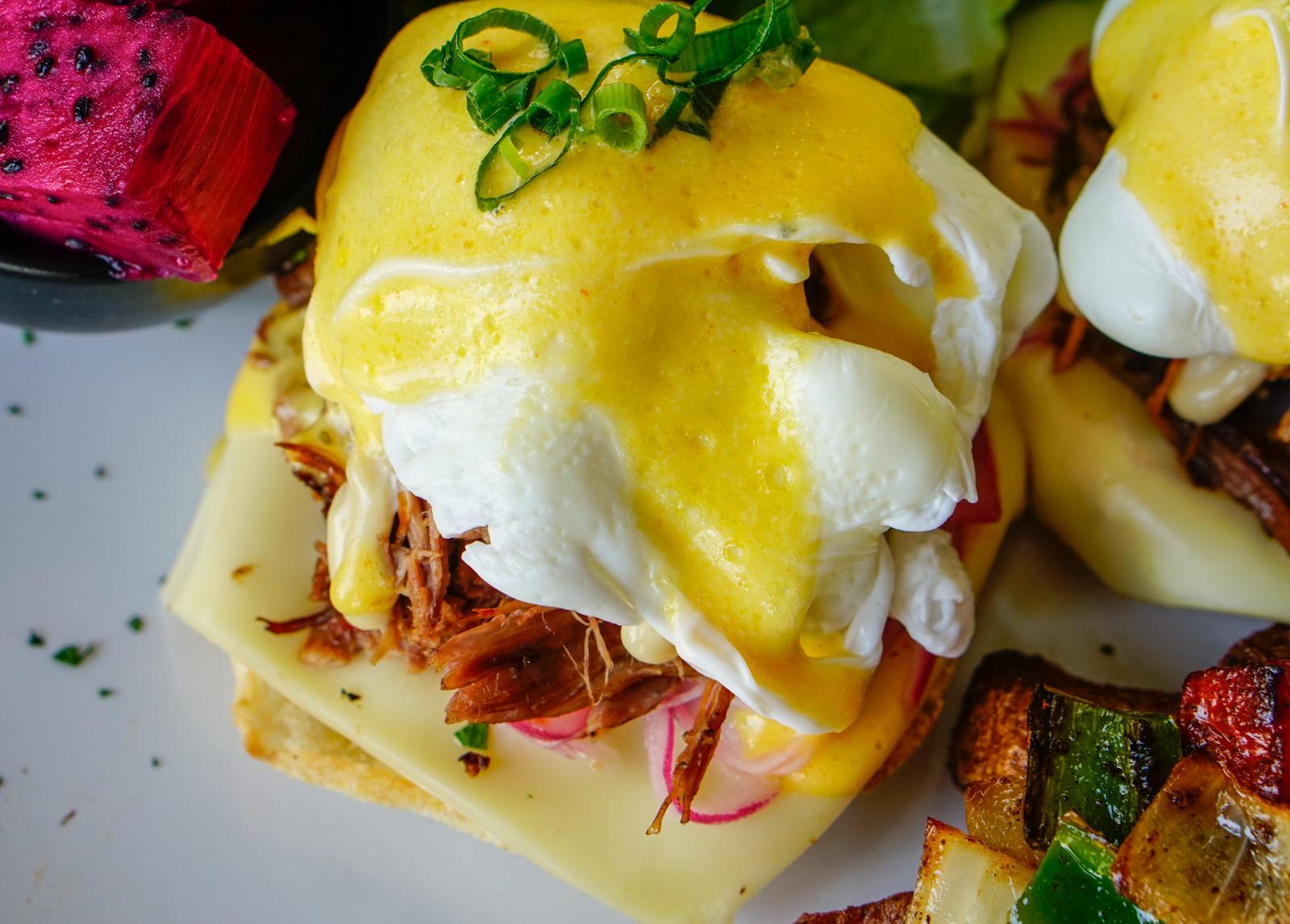 [高雄]BEAST Bar&Grill野獸美式餐廳-外國人超愛!道地美式早午餐 滿意的超大份量 高雄早午餐推薦 @美食好芃友