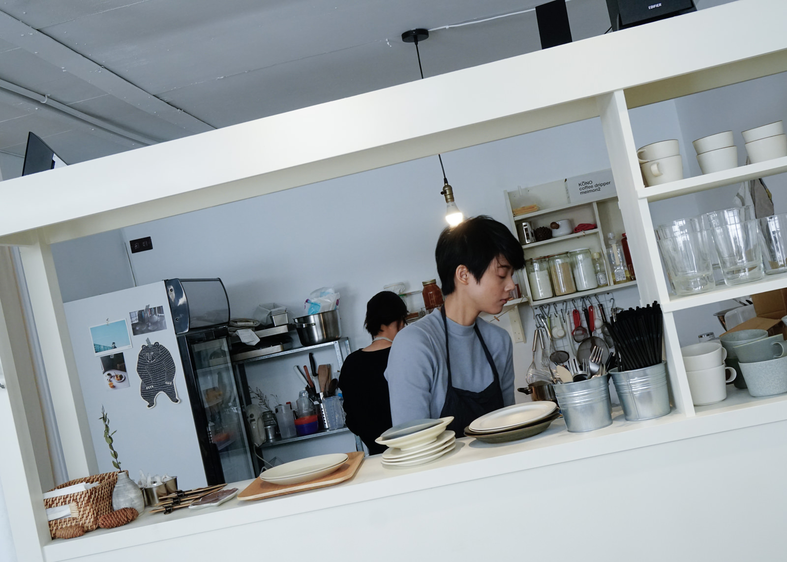 [高雄]Chill Bake-優雅日系蛋糕捲~超隱密純白風甜點店 高雄下午茶推薦 @美食好芃友