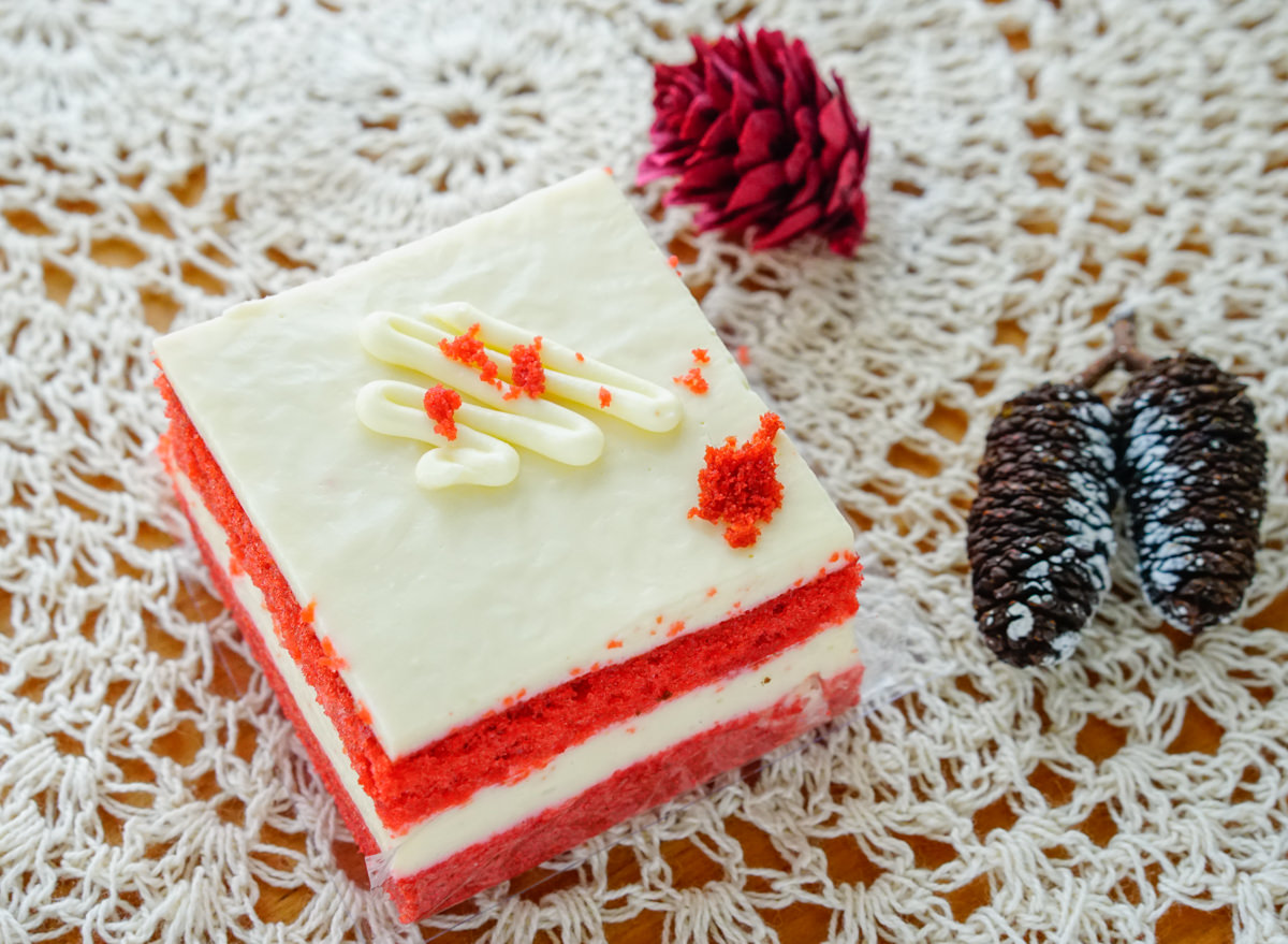 [高雄]Han_1cm-超夢幻!潮流設計小蛋糕! 高雄隱藏版甜點創作工作室 高雄甜點推薦 @美食好芃友