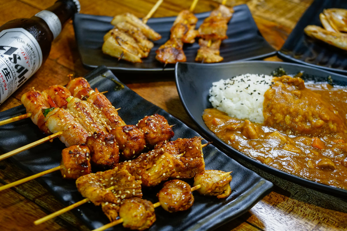 [高雄]錞串燒-銅板價美味燒烤!西子灣低調深夜食堂 高雄平價美食推薦 @美食好芃友