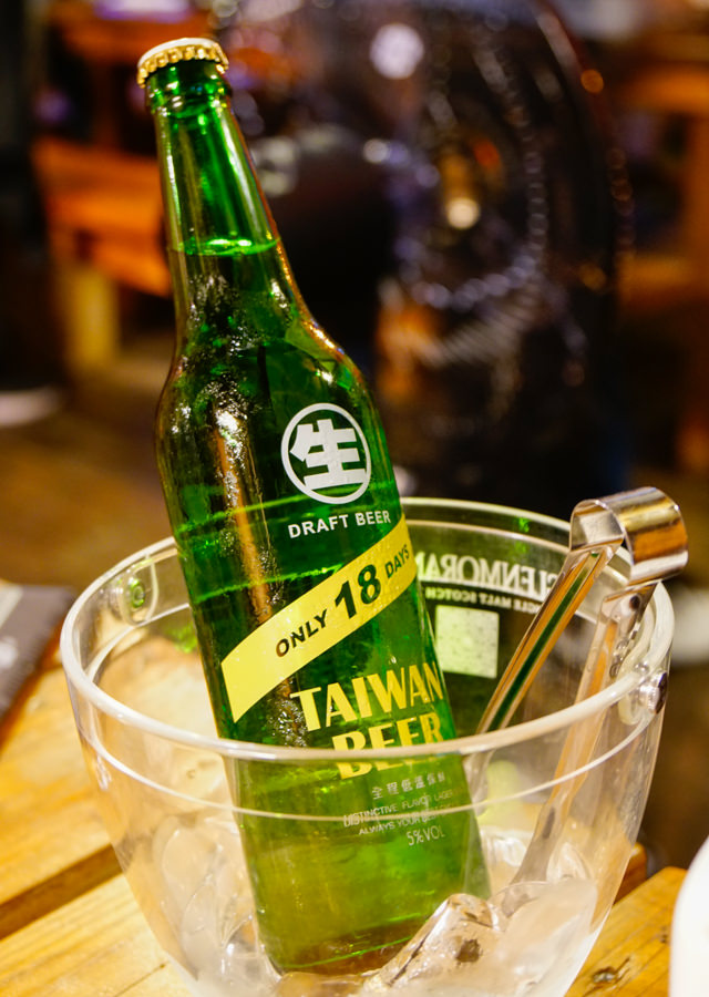 [台南]捕鯨船-日式木造船型居酒屋! 花園夜市旁FB打卡新熱點 台南居酒屋推薦 @美食好芃友