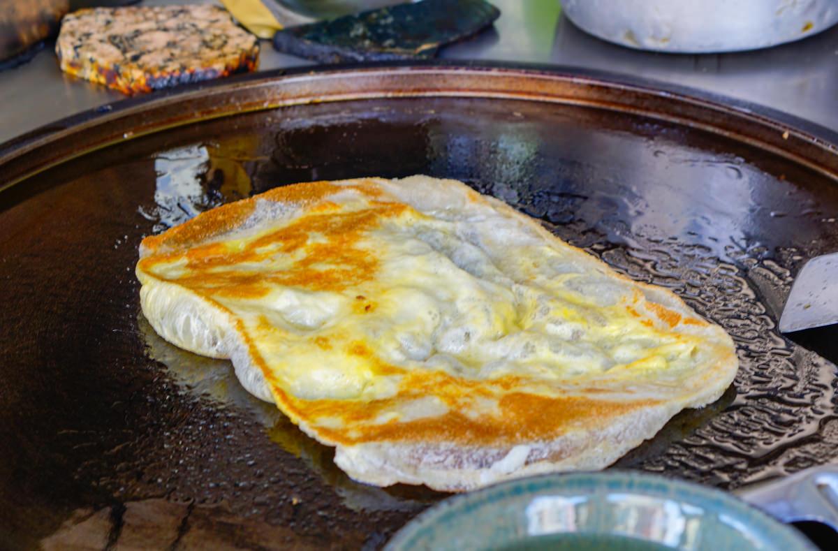 [高雄漢神美食]貓城南洋風食(印度餅)-不到50元的印度烤餅下午茶! @美食好芃友