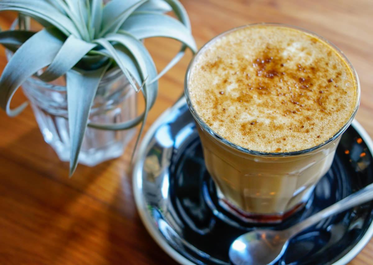 [台南東區美食]Birdeye Espresso被愛咖啡-戀愛系粉紅拿鐵!巷弄隱藏版咖啡店 @美食好芃友