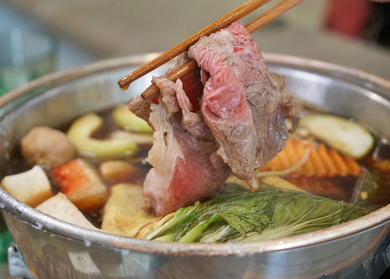 [高雄便當推薦]雅米廚房(四維店)-百元超豐富日式手作便當!中式便當也不能錯過 @美食好芃友