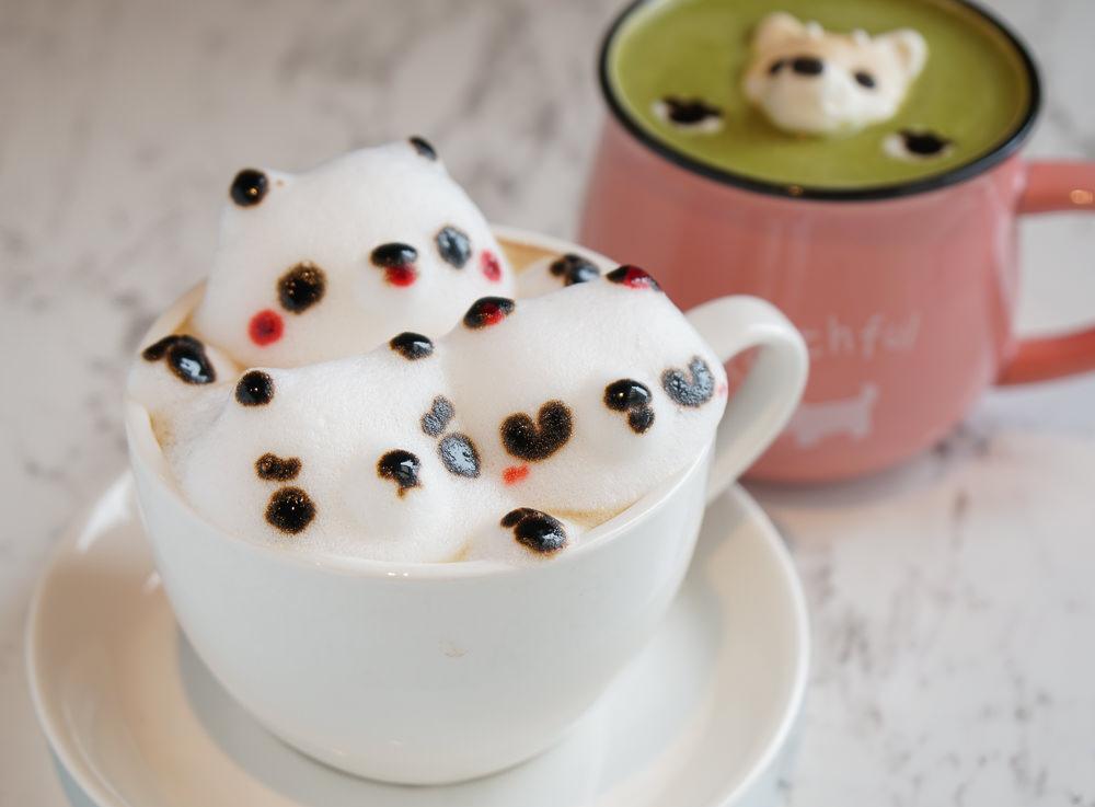 [高雄文山特區美食]Good Partner好夥伴咖啡-質感升級新菜單xIG超好拍夢幻白花牆 @美食好芃友