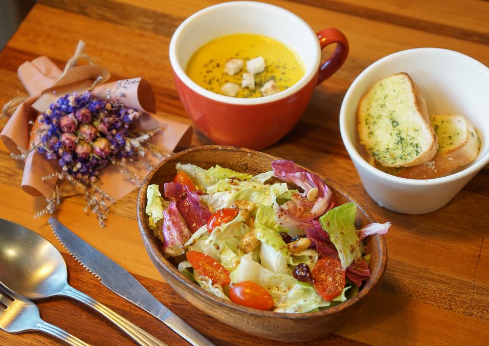 [高雄早午餐推薦]Dim Dim House點點好食-隱藏版花園秘境!大份滿足可頌早午餐 @美食好芃友