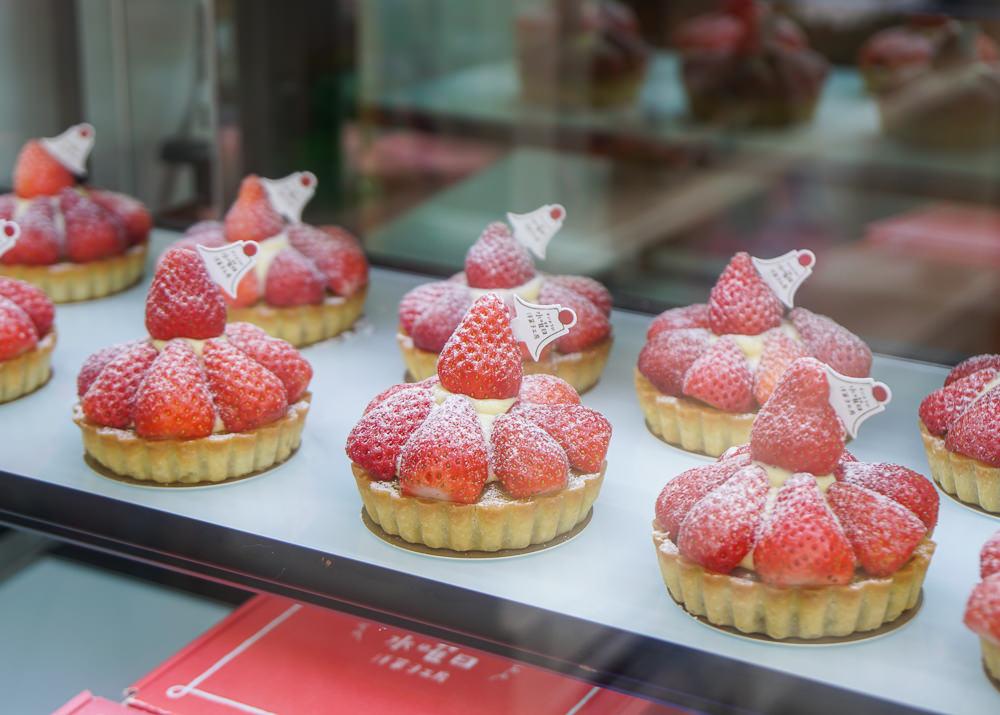 [台中甜點推薦]水曜日洋菓子工房-萌到尖叫哥吉拉甜點!台中美術館周邊人氣店 @美食好芃友
