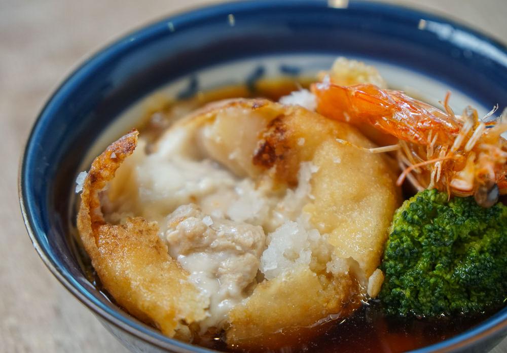 [高雄前鎮美食]典食盛津生魚丼壽司-澎湃海鮮丼飯!熟食握壽司也別錯過 @美食好芃友