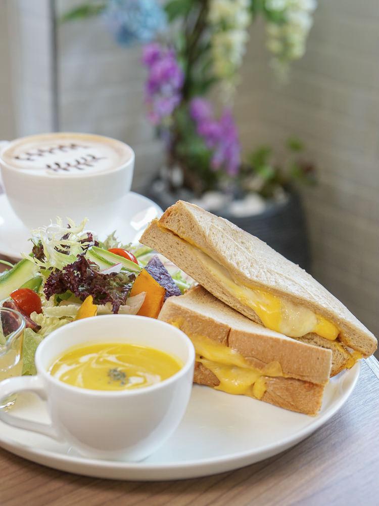 [高雄早午餐推薦]奇可烘焙坊-超豐盛早午餐!高貴不貴的歐式輕食沙龍 @美食好芃友
