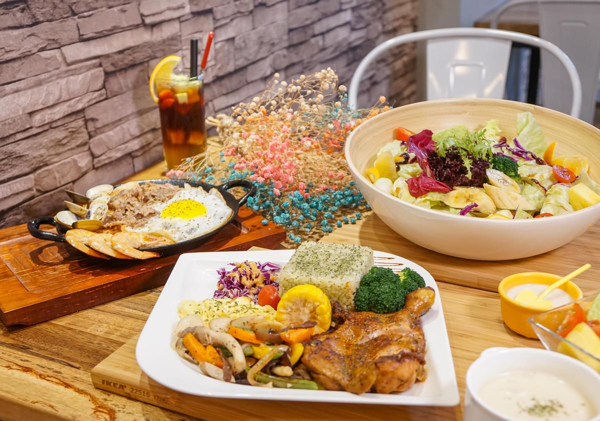 [高雄巨蛋美食]現食EAT NOW-平價唯美溫馨早午餐!料超澎湃的炒意麵 @美食好芃友