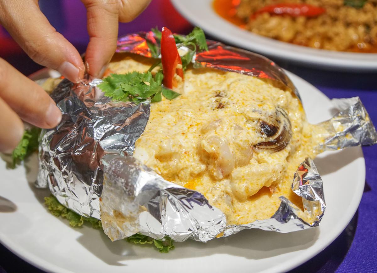 [高雄]卡拉包泰式料理-屹立不搖泰式料理老店!必吃海鮮滿滿火燒島 @美食好芃友