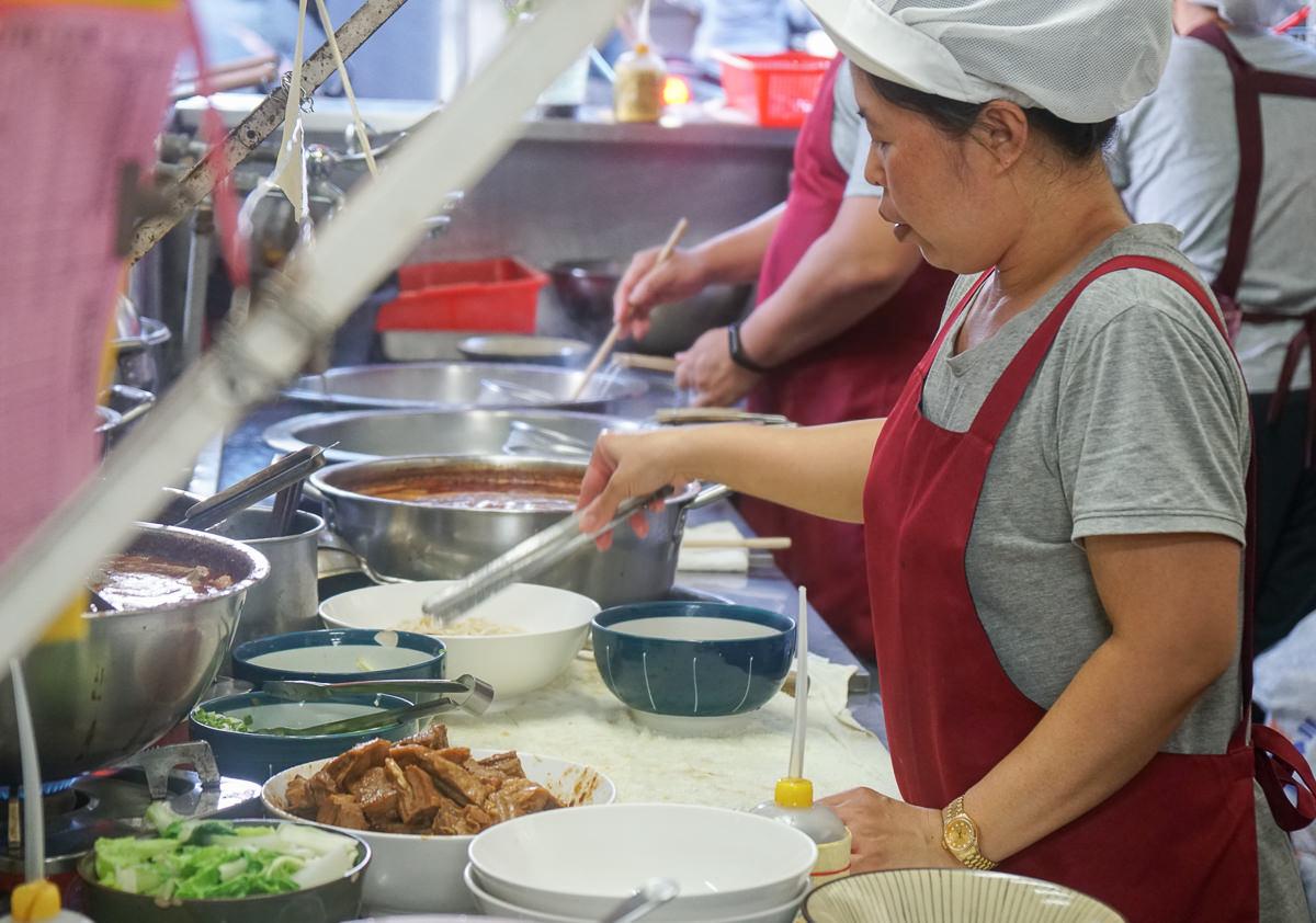 [宜蘭美食推薦]大成羊排麵-低調大份量在地平價小吃~美食家胡天蘭也讚賞! @美食好芃友