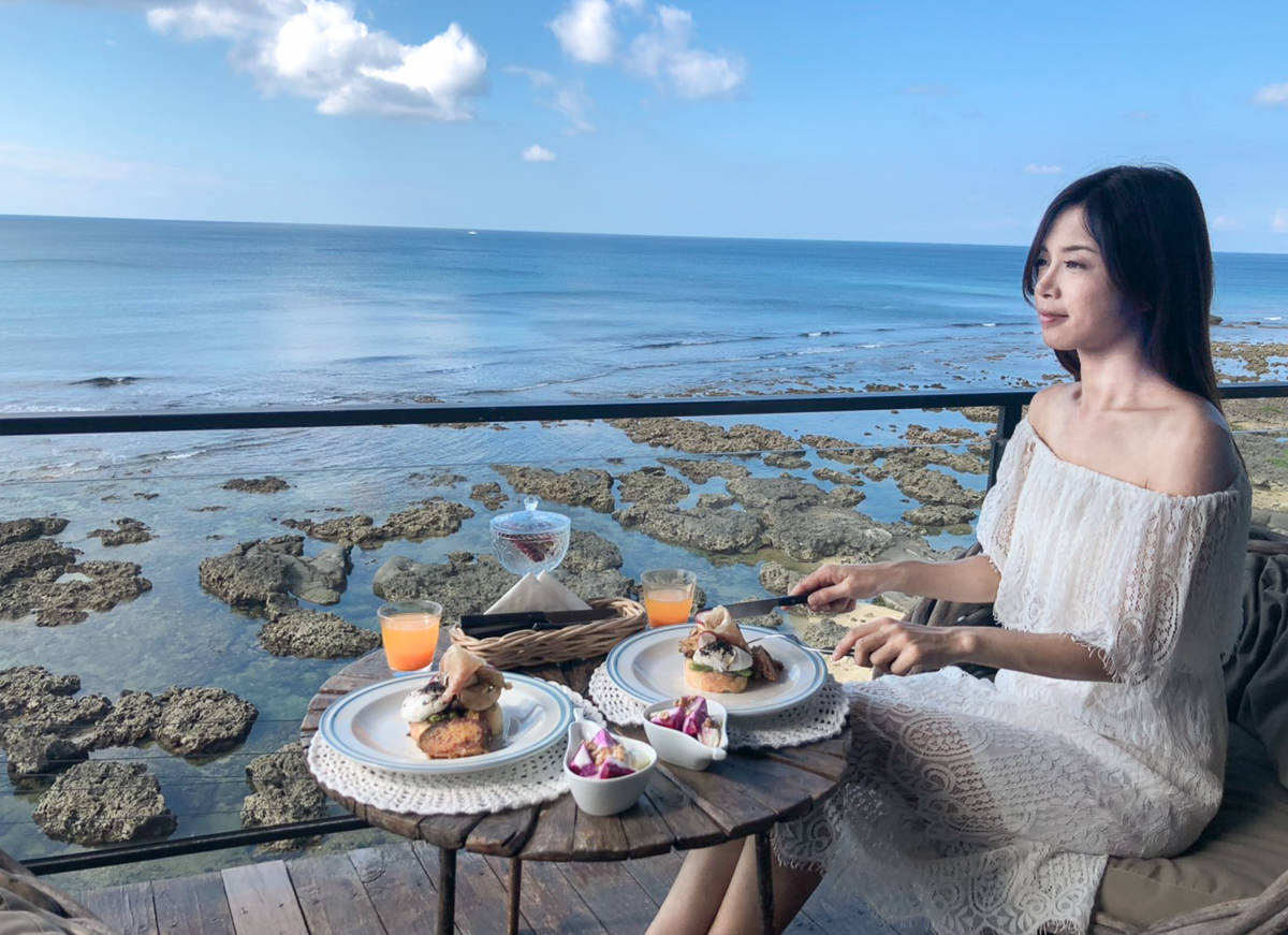 [墾丁海景住宿推薦]聽著海聲、迷路旅居-墾丁秘境海景民宿!坐擁海景的陽台早餐 @美食好芃友