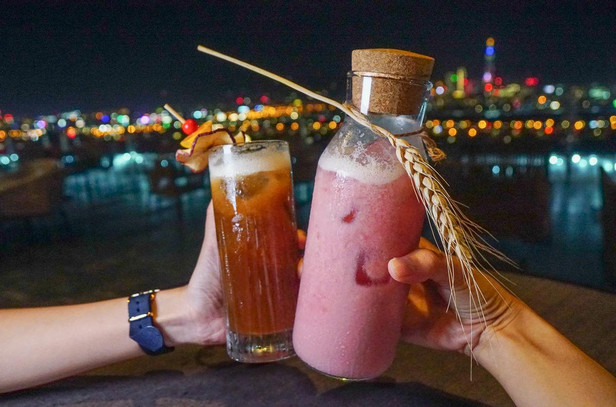 [台北夜景酒吧]台北萬豪酒店INGE'S BAR&GRILL-台北最美高空酒吧!微醺賞101夢幻夜景 @美食好芃友