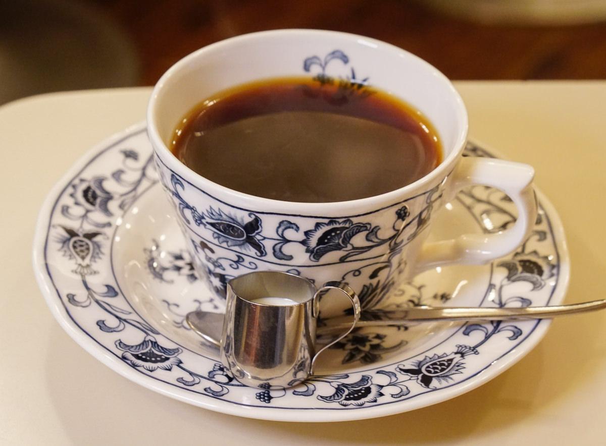 [東京下午茶推薦]ヘッケルン-傳說中的東京必吃布丁!?開了半世紀的隱藏版老喫茶店 @美食好芃友